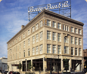 Shockoe Bottom Apartment - Berry Burk Building